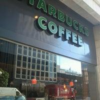 Photo taken at Starbucks by Mario Temerario's Beats on 6/20/2013