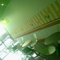 Photo taken at Moonberries Frozen Yogurt by Ashleigh S. on 2/20/2013