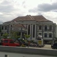 Photo taken at Samsat Bandung Tengah by Irawan D S. on 1/2/2013