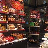Photo taken at Godiva Chocolatier by Mossman $. on 11/26/2015