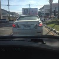 Photo taken at Ramkhamhaeng-Suwinthawong Junction by Jammiie on 8/16/2014