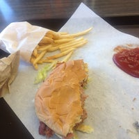 Photo taken at Giant Burger by Ryan G. on 5/10/2013