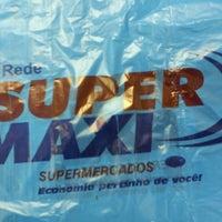 Photo taken at Super Maxi Supermercados by Priscila V. on 2/15/2013