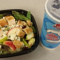 Photo taken at Wendy's by Subi J. on 8/5/2015