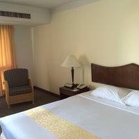 Photo taken at Amora Tapae Hotel Chiangmai by Jake P. on 12/14/2014