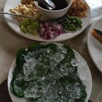 Photo taken at Krua Chum Sai by Liftildapeak W. on 4/23/2015