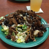 Photo taken at Golden Corral by C. Oliver P. on 10/14/2016