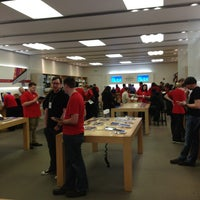 Photo taken at Apple Annapolis by Peter L. on 12/29/2012