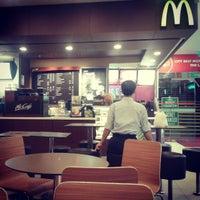 Photo taken at McDonald's / McCafé by Rabbani R. on 3/17/2013