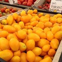 Photo taken at Ferry Plaza Farmers Market by Jason L. on 8/3/2013