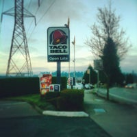 Photo taken at Taco Bell by Matthew R. on 12/30/2012