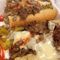 Photo taken at Philly Steak & Gyro by Yechiel E. on 10/30/2013