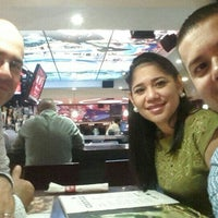 Photo taken at TGI Fridays - Mall Multiplaza by Fernando V. on 7/22/2015