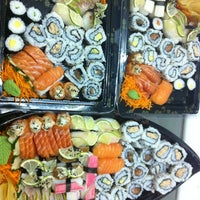 Photo taken at Max Sushi by OoPoliana C. on 12/26/2012
