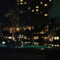Photo taken at Shangri-La Hotel, Bangkok by Esra E. on 6/14/2013