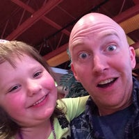 Photo taken at Red Robin Gourmet Burgers by Patrick E. on 3/8/2014