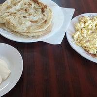Photo taken at مطعم الشاطئ الفضي - الزور by Adel❗ on 11/16/2013