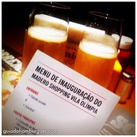Photo taken at Madero Burger & Grill by Guia do Hambúrguer on 11/22/2013