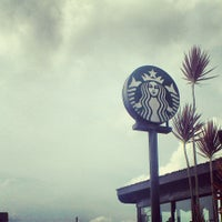 Photo taken at Starbucks Coffee by Vhen T. on 4/21/2013