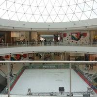 Photo taken at Shopping Paralela by Rios J. on 7/13/2013