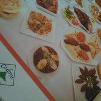 Photo taken at Cedros Restaurante by Wendell C. on 3/2/2013