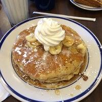 Photo taken at Bob Evans Restaurant by Matt P. on 4/6/2014