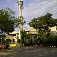 Photo taken at Masjid Saidina Umar Al-Khattab by syaifullizam y. on 5/11/2013