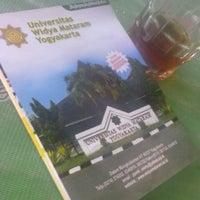 Photo taken at Universitas Widya Mataram by Edigradasi J. on 3/7/2014