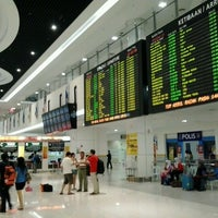 Photo taken at Terminal Bersepadu Selatan (TBS) / Integrated Transport Terminal (ITT) by Muhammad Syukri M. on 4/14/2013