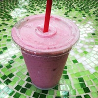 Photo taken at Nature's Health Food & Cafe by Shane B. on 7/14/2014