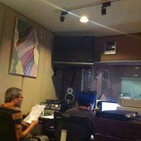 Photo taken at Soundwave Sound Studio by fasai f. on 9/24/2013