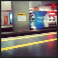 Photo taken at MetrôRio - Estação Uruguaiana by Bianca M. on 5/15/2013