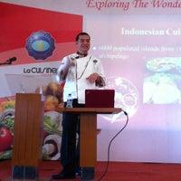 Photo taken at Nusantara Restaurant (STPB) by Fransisca A. on 3/16/2013
