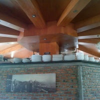 Photo taken at D'7uan Coffee Lounge & Kitchen Bar by Agung J. on 10/24/2012
