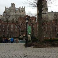Photo taken at Central Park Zoo by Elis W. on 1/14/2013