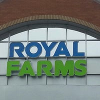 Photo taken at Royal Farms by Kristie B. on 2/27/2013