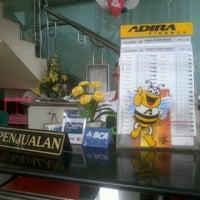 Photo taken at Honda Motorcycle Dealer - Toko Enam Tiga Ngurah Rai by sofiani m. on 10/20/2012