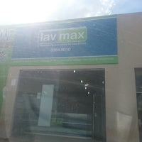 Photo taken at Lavanderia Lavmax by Zinha B. on 5/9/2013