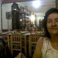 Photo taken at Pura Vida Juice Bar by Rou G. on 1/19/2013