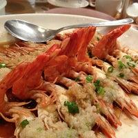 Photo taken at PUTIEN Restaurant 莆田菜馆 by Poomy K. on 3/18/2013