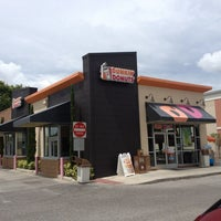 Photo taken at Dunkin' Donuts by Rich L. on 8/2/2013