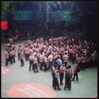 Photo taken at SMA Negeri 6 Surabaya by Dina P. on 12/13/2013