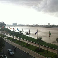 Photo taken at FCC Hotels and Restaurants- Phnom Penh by Thiếu N. on 6/30/2013