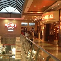 Photo taken at Hard Rock Cafe Caracas by Guillermo B. on 1/26/2013