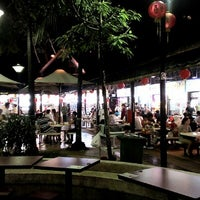 Photo taken at Newton Circus Food Centre by Hendy O. on 1/19/2013
