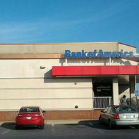 Photo taken at Bank Of America by Herb H. on 7/19/2016
