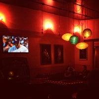 Foto tirada no(a) Casanova Cocktail Lounge por Daniel W. em 10/23/2012