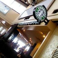 Photo taken at Starbucks by Alaaddin T. on 3/15/2013
