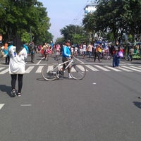 Photo taken at Solo Car Free Day by Septriyani K. on 3/31/2013