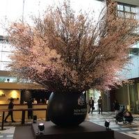 Photo taken at 東京ミッドタウン ガレリアB1F アトリウム by suezou on 3/11/2016